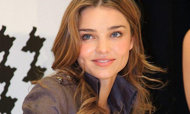 9 szuper frizuraötlet szögletes arcformához